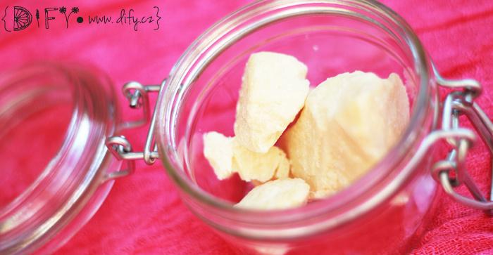 Čisté kakaové máslo na výrobu kosmetiky