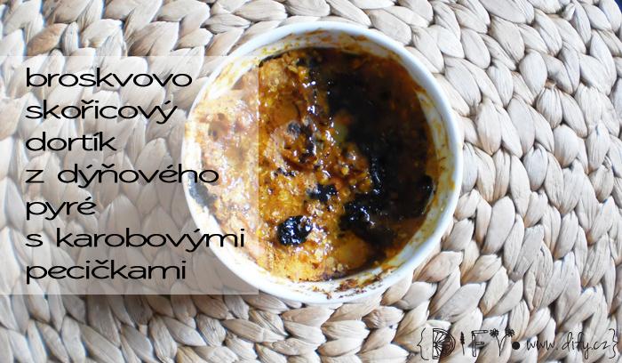 Broskvovo-skořicový dýňový dortík