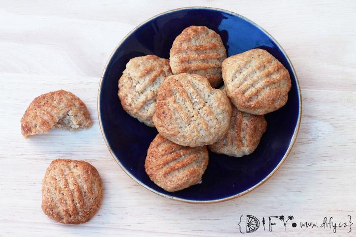 Domácí celozrnné sušenky s třtinovým cukrem - recept