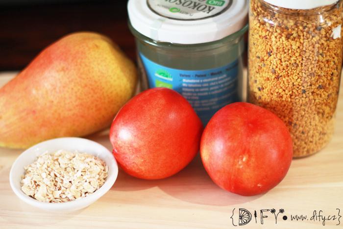 Smoothie z nektarinky, hrušky a domácího ovesného mléka - recept
