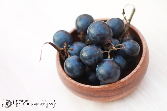 Zdraví prospěšné tmavé hroznové víno