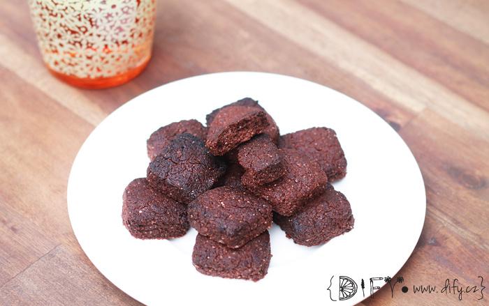 Domácí bezlepkové čokoládovo kokosové sušenky