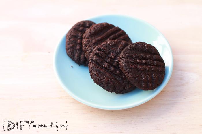 Domácí koka sušenky z celozrnné a kokosové mouky