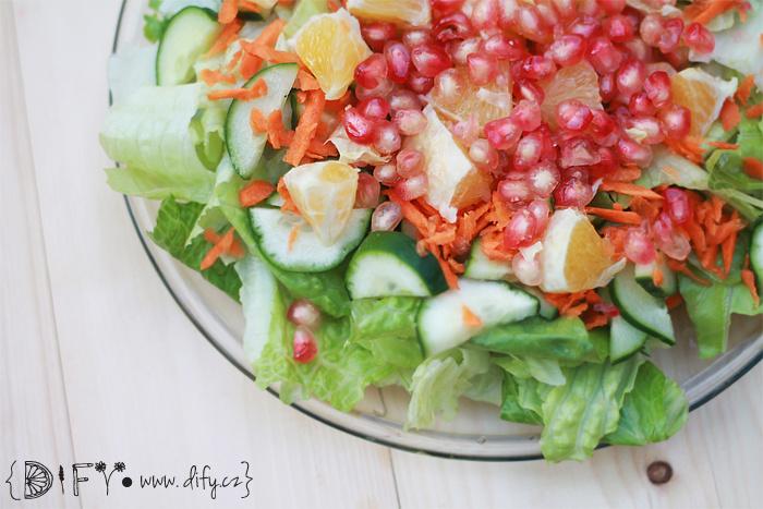 Svěží sladký zeleninový salát