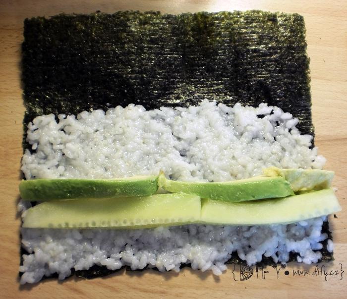 Příprava domácího sushi - maki rolky