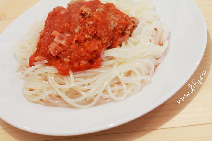 Boloňské ragú s bezlepkovými špagetami