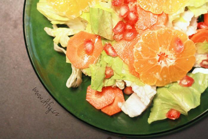 Sladký vitamínový salát
