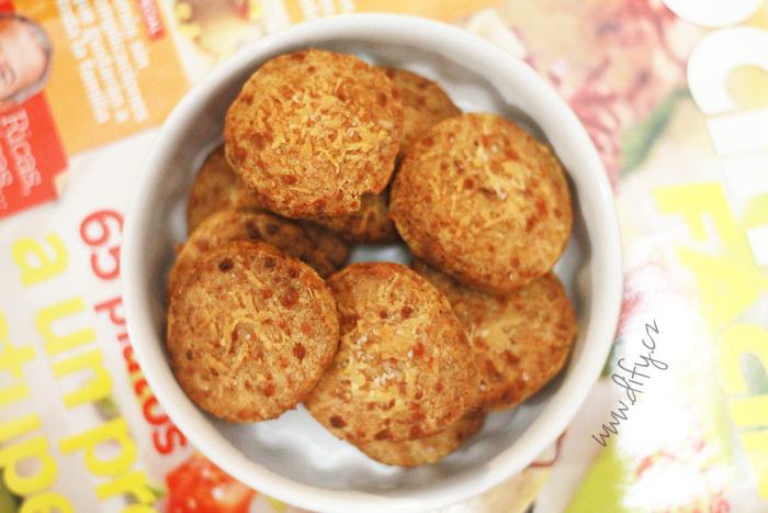 Celozrnné sýrové sušenky