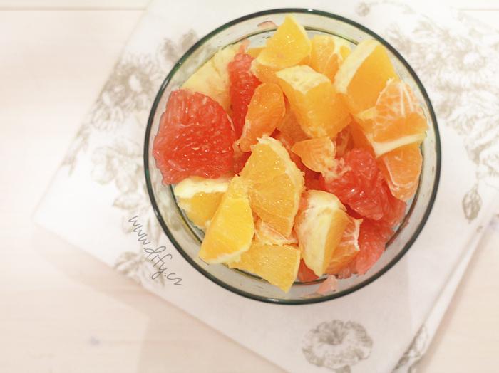 Salát z grepu, pomerančů a mandarinek