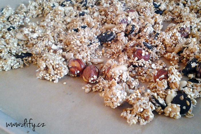 Čokoládovo kokosová granola