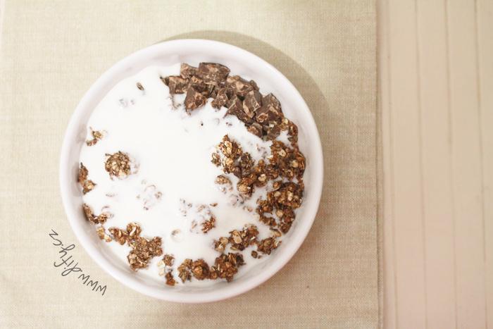 Domácí granola s kefírem