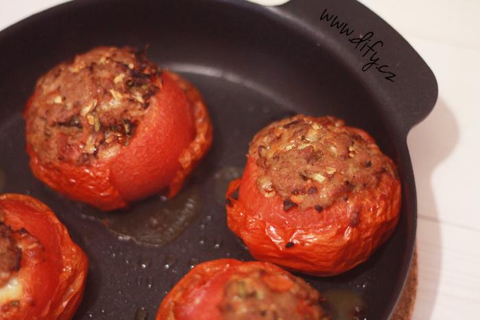 Zapékaná plněná rajčata