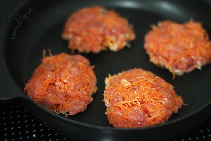 Masovo-mrkvové karbenátky