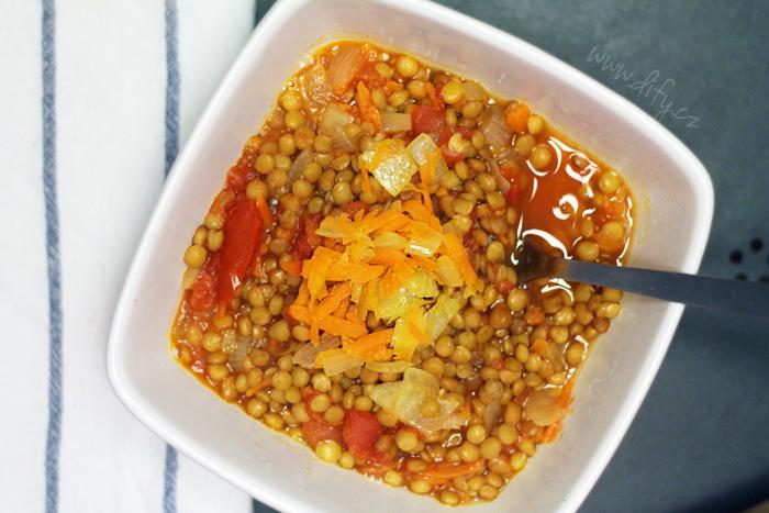 Hustá čočková polévka se zeleninou