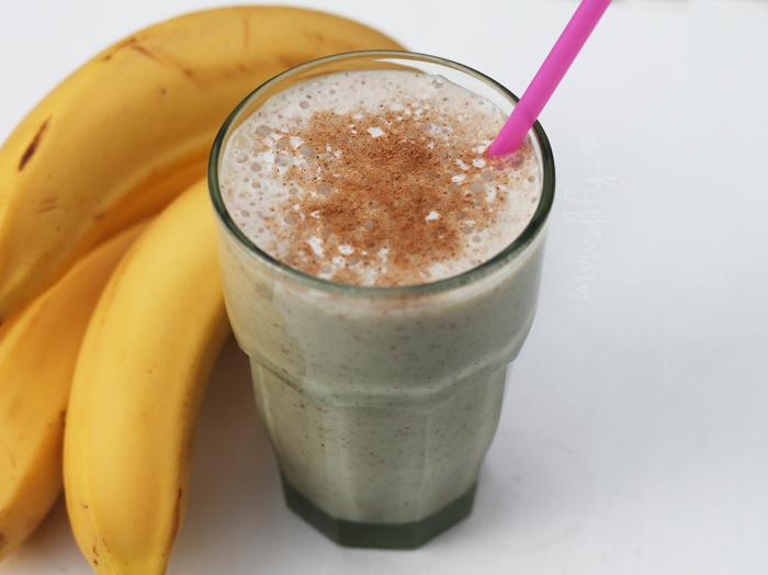 Banánový shake se semínky a extra dávkou omega 3