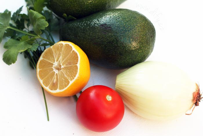 Recept na pravé mexické guacamole