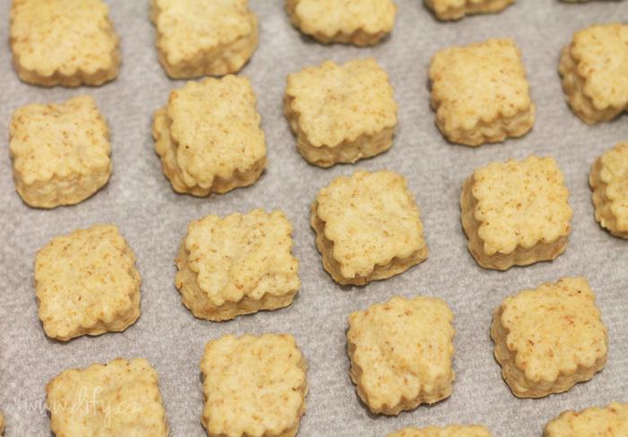 Recept na jednoduché celozrnné sušenky