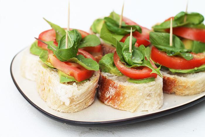 Domácí vegetariánské party chlebíčky