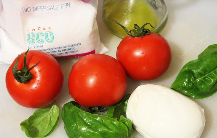 Recept na italský salát caprese
