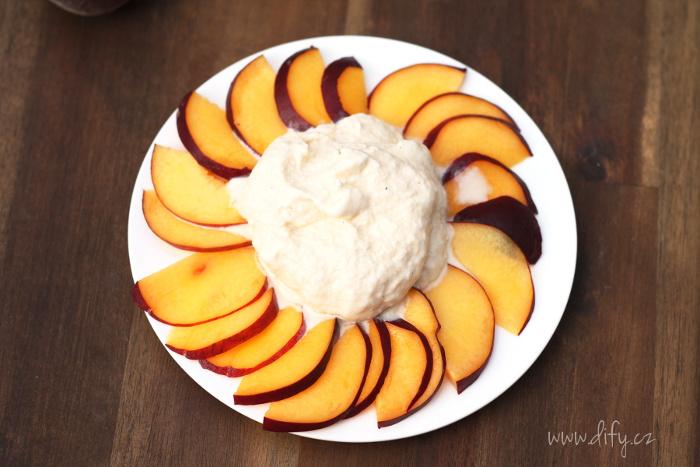 Domácí zdravější verze vanilkové zmrzliny