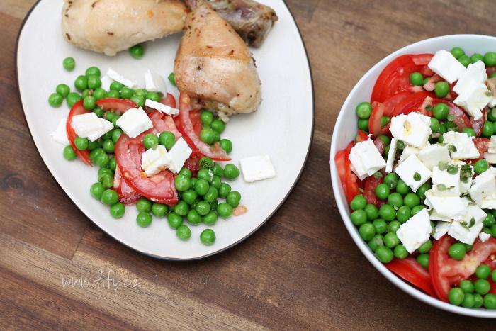 Hráškovo rajčatový salát s fetou