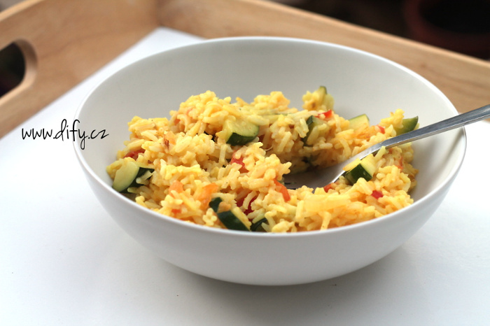 Kurkumové rizoto se zeleninou