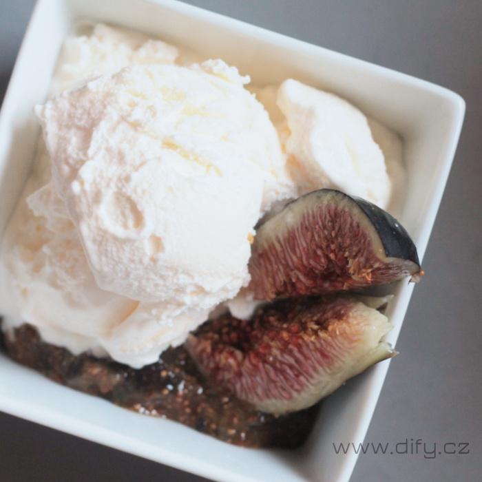 Recept na domácí jogurtovou zmrzlinu s fíky