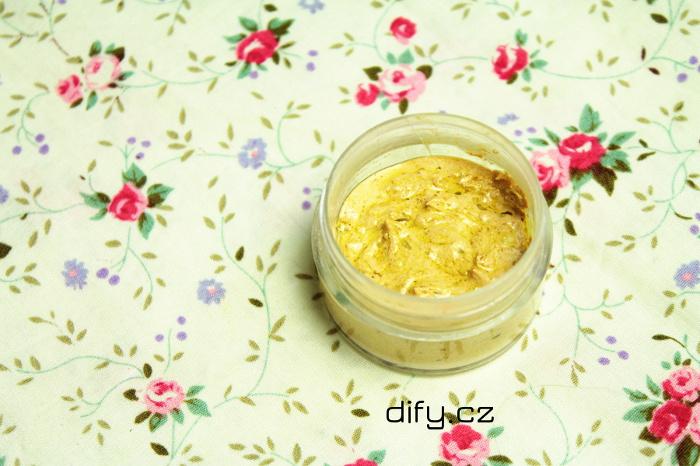 Domácí přírodní zubní pasta s kurkumou - jednoduchý recept