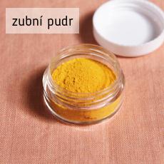 recept na výrobu domácího pudru na čištění zubů s kurkumou