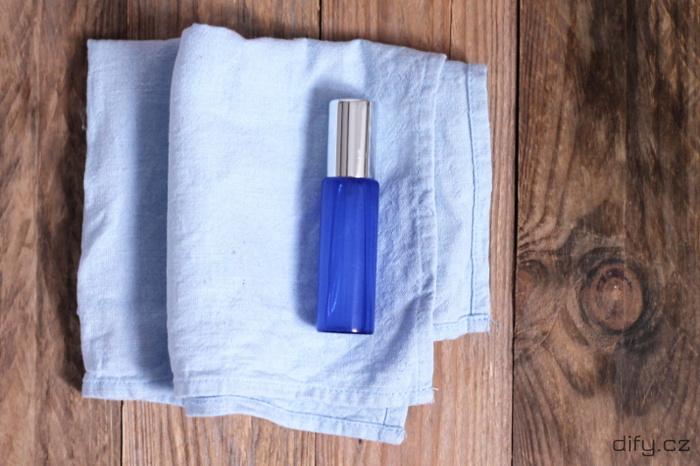 Jednoduchý recept na přírodní diy deodorant ve spreji