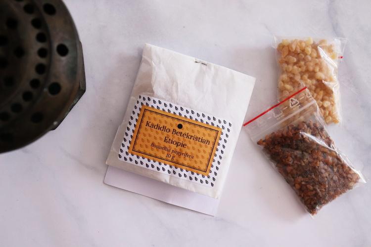 Kadidlo - olibanu - k vykuřování prostor doma