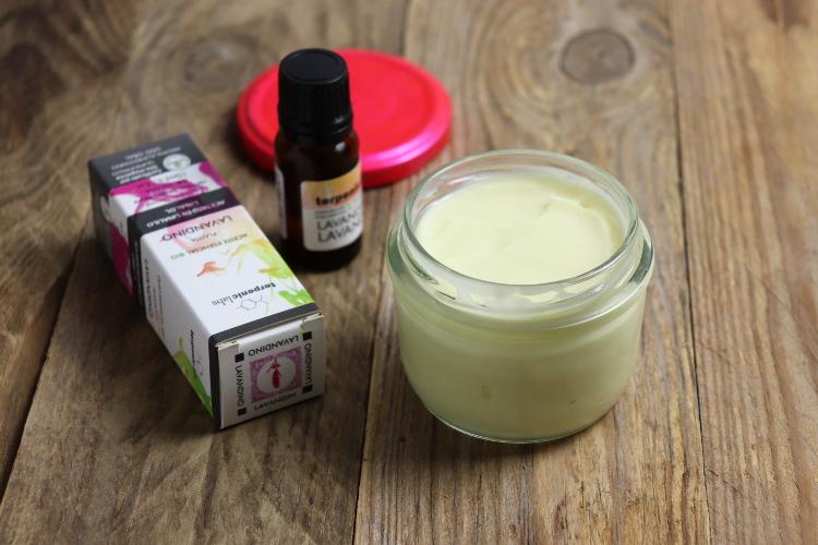 Jak vyrobit krém na tělo i ruce (diy kosmetika)