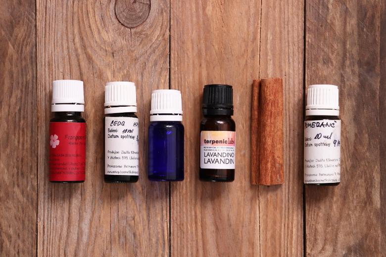 Aromaterapie - esenciální oleje a jejich vliv na psychiku