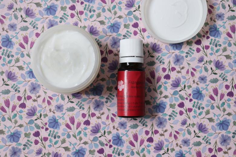 Domácí pleťový krém s mandlovým olejem a panthenolem - recept (diy kosmetika)