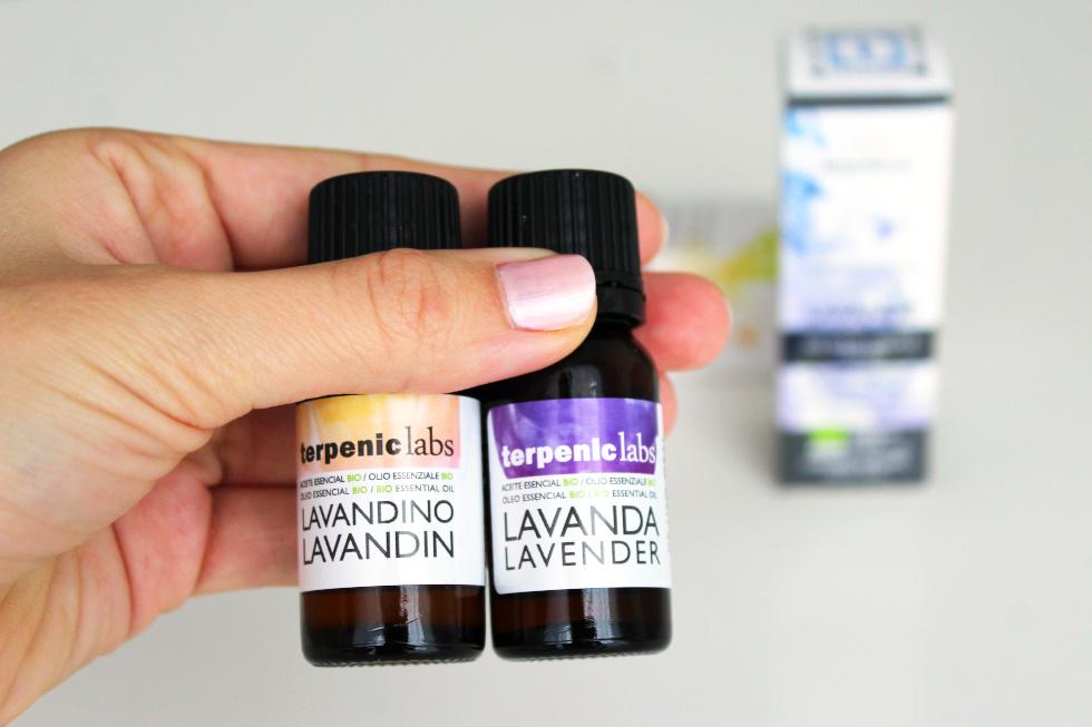 Jaký je rozdíl mezi esenciálním olejem lavandinu a levandule?