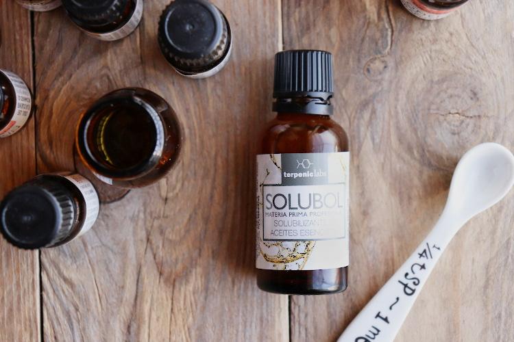 Jak rozpustit esenciální oleje ve vodě?